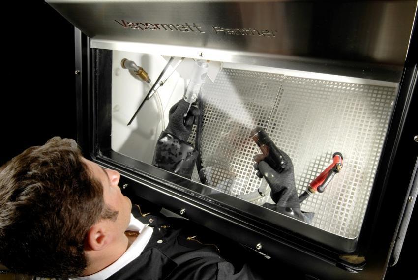 Panther Wet Blast Machine Interior - Refurbished - RF2002